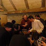 Vernissage de l'album Premium Selection: quelques autographes... :-) Photo: Hans Peter